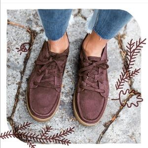 NWOT. Sanuk Vee K Sneakers. Wine color. Size 6.